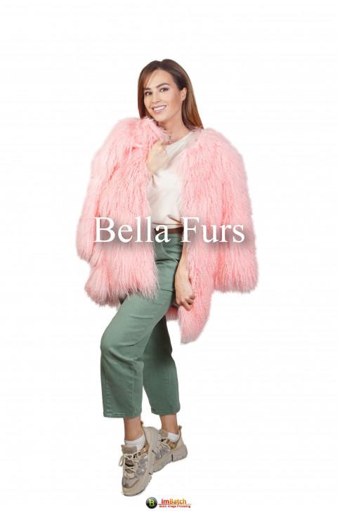 Шуба из ламы розовая