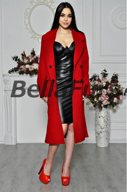 Красное пальто с кашемиром