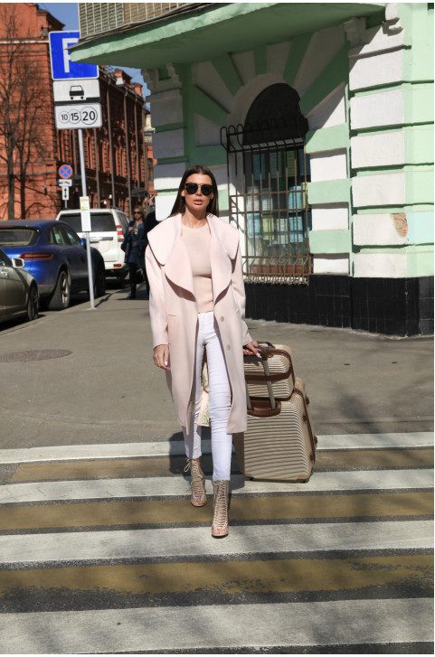 Демисезонное модное пальто из шерсти