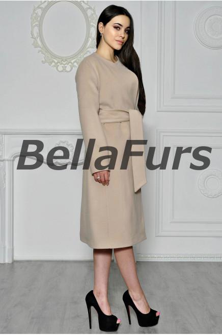 Бежевое пальто женское фото