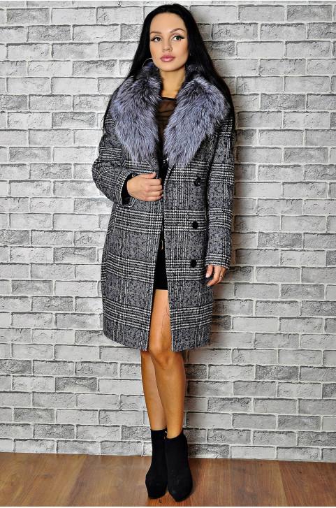 Драповое зимнее пальто с меховым воротником