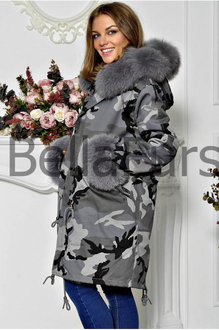 Зимнее пальто кокон с меховым воротником