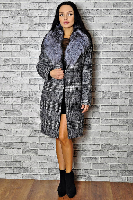 Зимнее шерстяное пальто с мехом