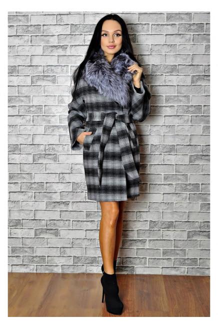 Женское пальто шерстяное с меховым воротником